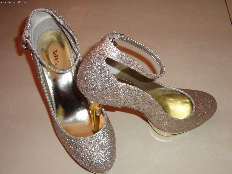 9成新她他金色婚鞋 - 女士服饰/内衣/婚纱/鞋帽