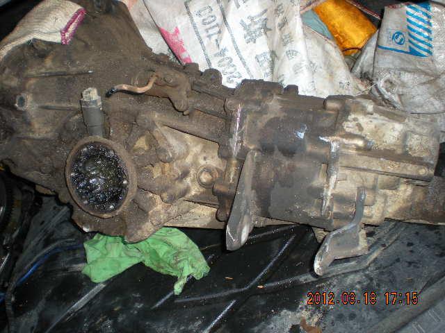 桑塔纳5速手动变速箱出售,一点没修过高清图片