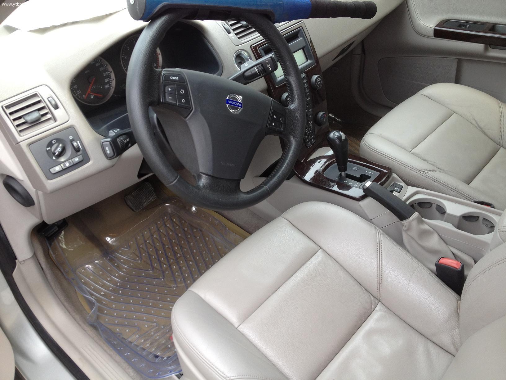 沃尔沃s40 ,高配, 电动真皮电加热座椅,手自一体,2.4排量,多碟高清图片