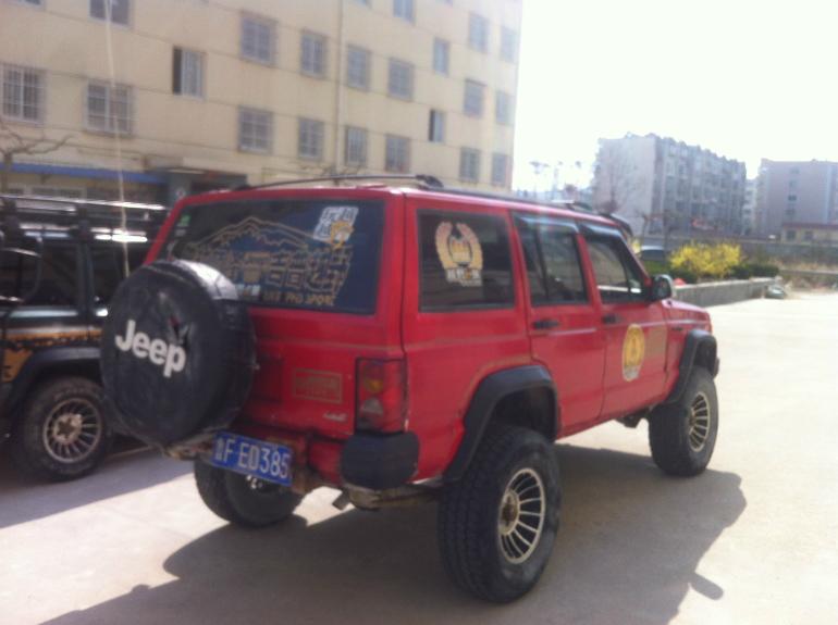 出售 爆改 柴油加高 213吉普 切诺基 二手车市高清图片