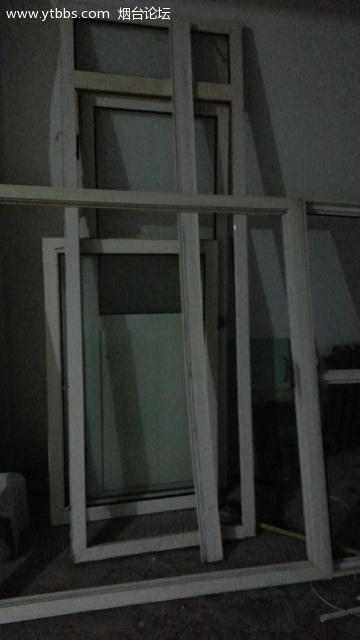 塑钢隔断,带门和窗户,厨柜