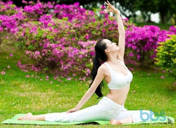 下班时间约起来! 瑜伽舞蹈免费体验活动开始啦~更有免费瑜伽月卡等你拿!