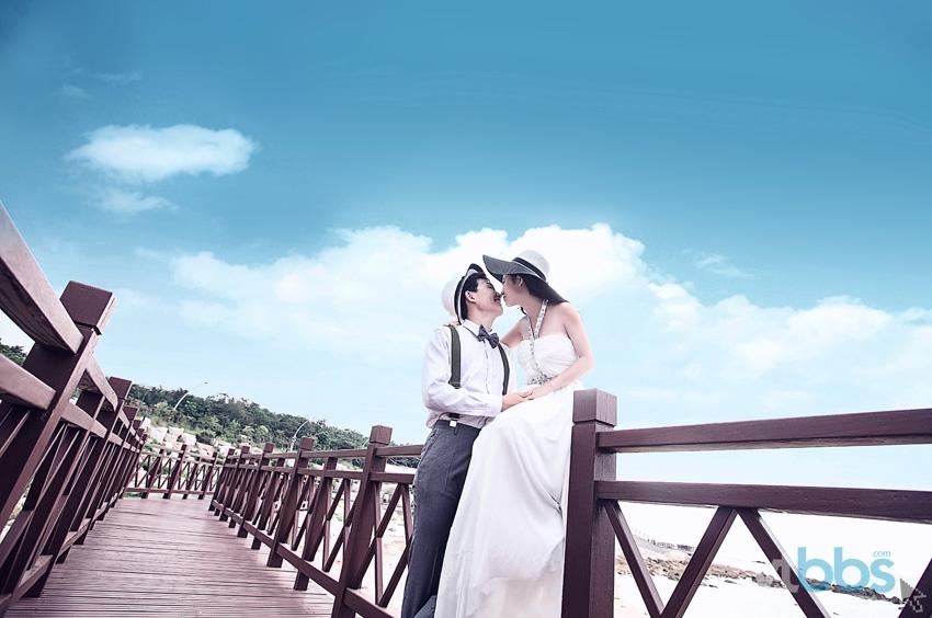 烟台婚纱取景_米兰新娘 烟台首家特殊取景 水下婚纱