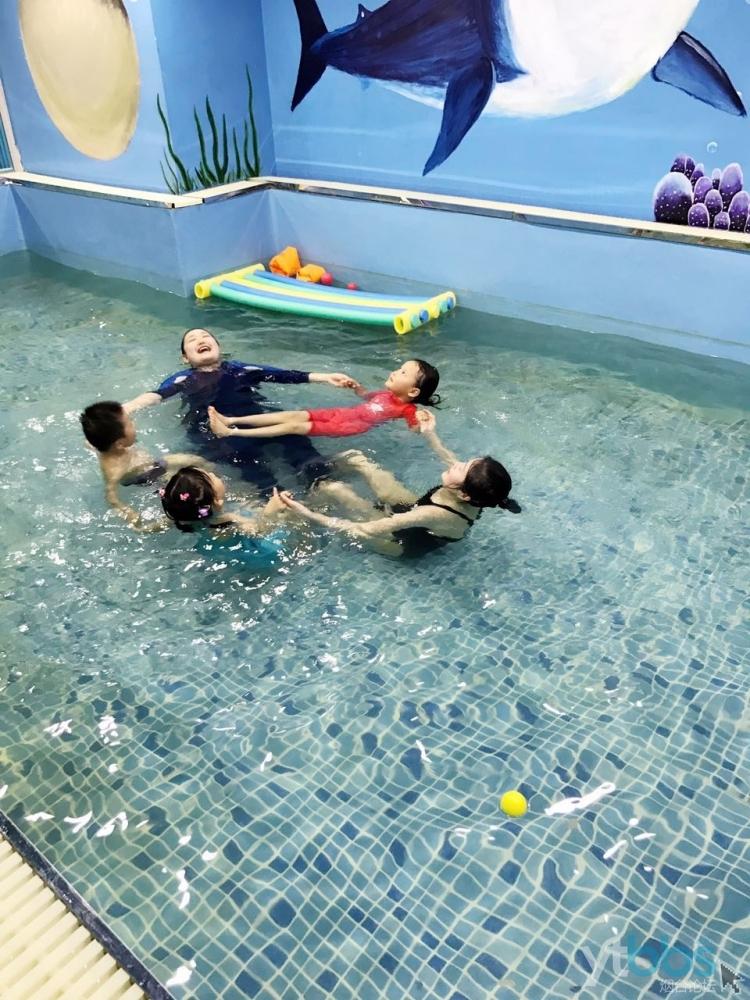 新悠儿第一届冠军宝宝趣味游泳大赛报名啦!——水陆游戏嬉水大Party等你来参加