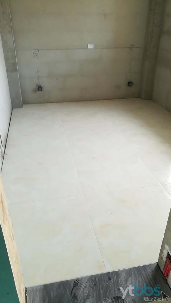 卧室地砖1.jpg