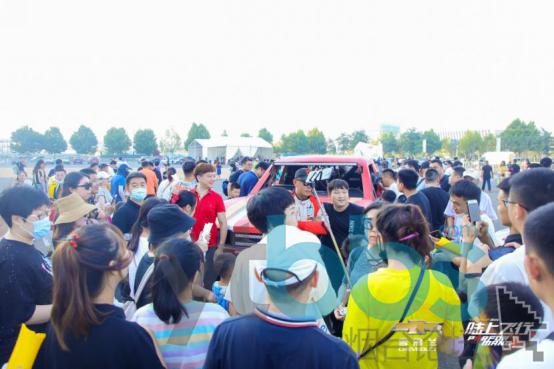 """【通稿】性能盛宴 实力表现 """"2020雪佛兰SUV陆上飞行秀""""燃爆青岛!2511.png"""