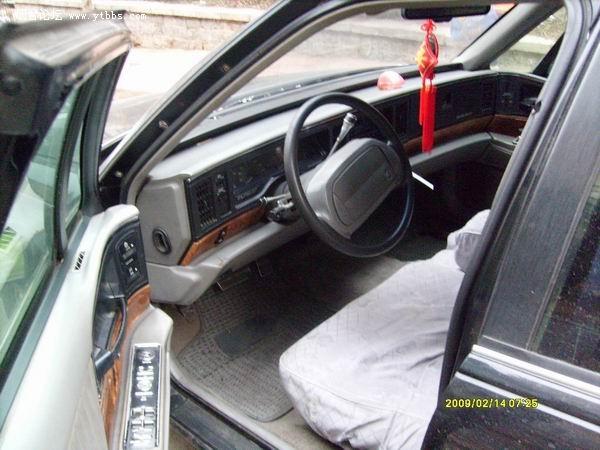 2.2万元卖1993年12月份原装别克林荫大道轿车内有原车照片 高清图片