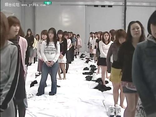 变态的小日本500人集体做爱创世界记录