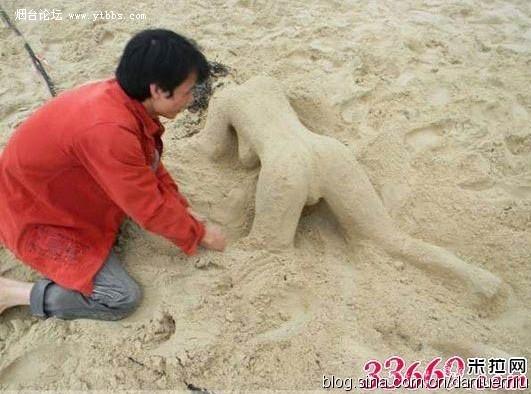 沙滩惊现极品裸体美女